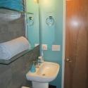 Duravit Lav for narrow Bath